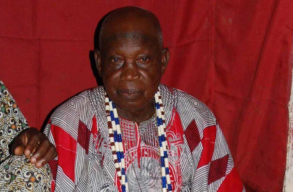 Oyetunji Oyedemi, Mogba Koso, jefe supremo de Koso y guardián del templo sagrado de Shango